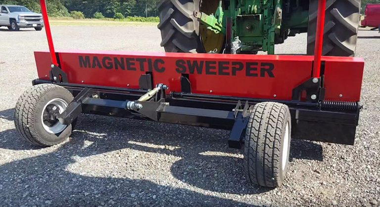 Demonstration of the clean off system on the Caiman magnetic sweeper