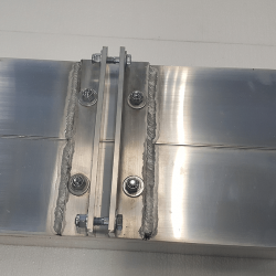 half-inch gap between L-shaped pieces on Gobie magnet