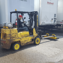 OBLAST forklift magnetic sweeper for trucking facilities