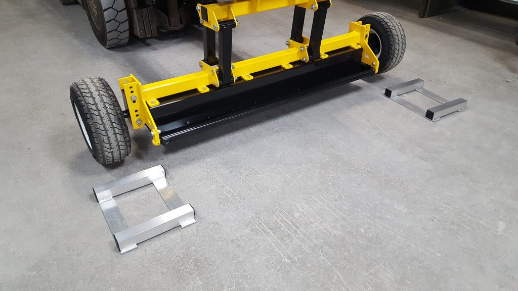 UPLAND Magnetic Sweeper Out of Wheelchocks